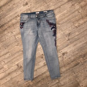 Jessica Simpson 18w skinny embroidered jean